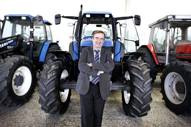 Isojoen Konehalli Traktorit