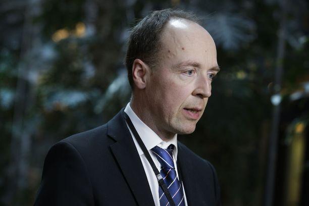 Jussi Halla-aho sanoo, että hän hänen puolueensa maksaisi kyseisenlaisen koulutuksen puolueen pussista.