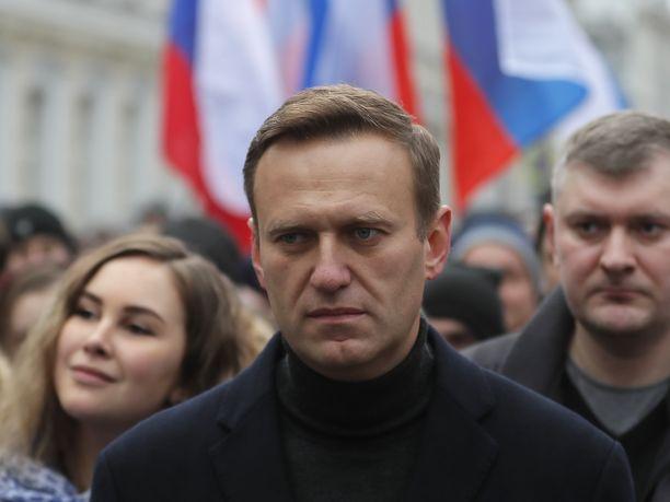 Venäläinen oppositiojohtaja Aleksei Navalnyi halutaan hoitoon berliiniläiseen Charite-sairaalaan.