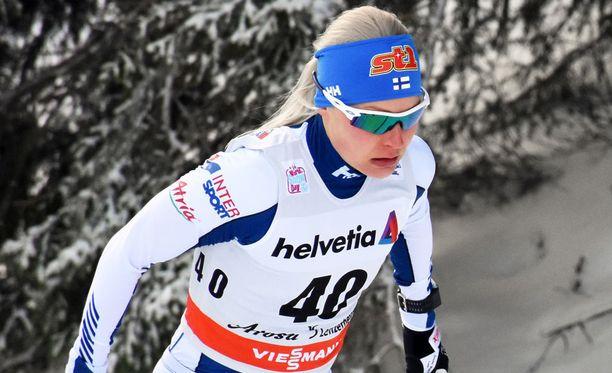 Anne Kyllönen selvitti tiensä Planican sprinttikisaan.