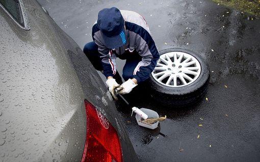 Onko renkaasi turvalliset? Katso ammattilaisen hyvät vinkit renkaiden tarkastukseen ja vaihtoon