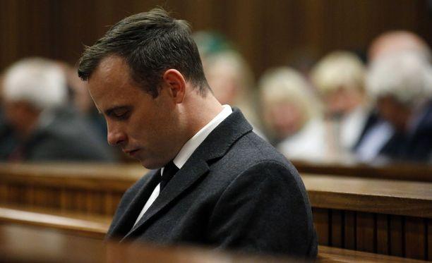 Oscar Pistorius tuomittiin vuonna 2016 murhasta. Kuuden vuoden tuomiota kovennettiin marraskuussa 15 vuoden mittaiseksi.