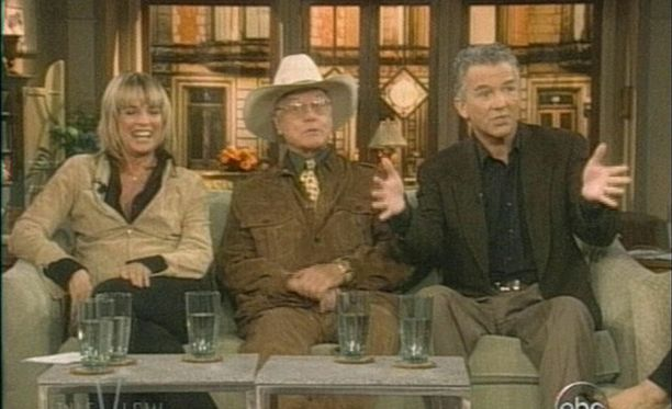 Linda Gray, Larry Hagman ja Patrick Duffy tähdittivät Dallasia.