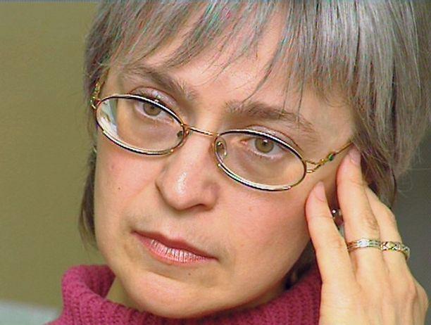 Anna Politkovskaja arvosteli Venäjän johtoa erityisesti Tshetshenian sodan vuoksi.