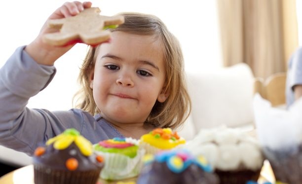 Sokerin vähentäminen tukee sydänterveyttä myös lapsilla.