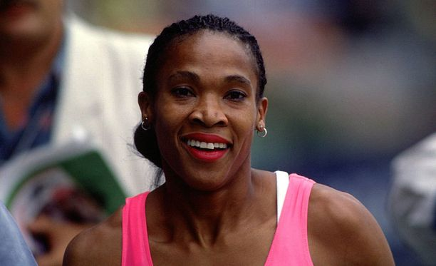 Tältä Ana Fidelia Quirot näytti kolme vuotta ennen onnettomuutta vuonna 1990.