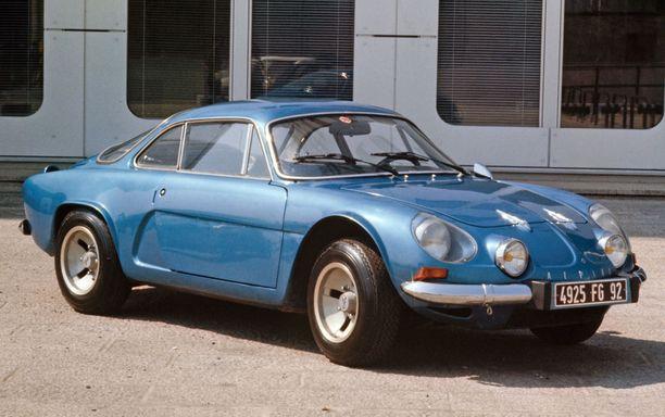 Onko samaa näköä? Tässä on Alpine A110 vuodelta 1977.