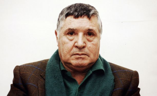 Salvatore Riina murhasi ja murhautti uransa aikana kymmeniä ihmisiä. Kuva vuodelta 1993.