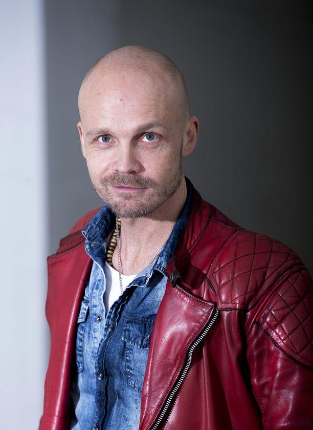 Laulaja Juha Tapio - vai sittenkin Juba Lapio?