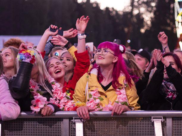 Tapahtuman ja ainutlaatuisen festivaalitunnelman luovat siellä käyvät ihmiset.