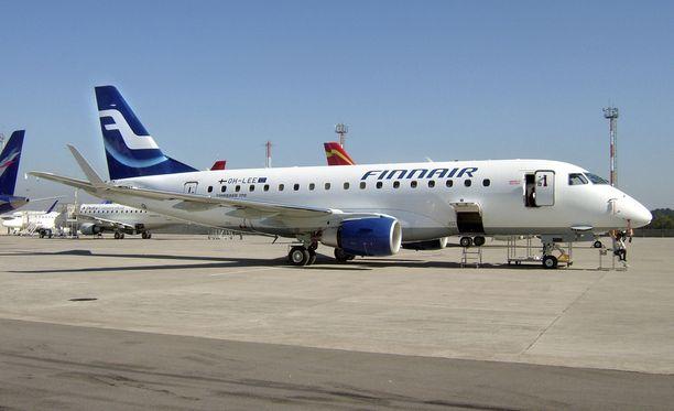 Finnairin ensimmäinen Embraer 170. Kuvan kone ei liity tapaukseen.