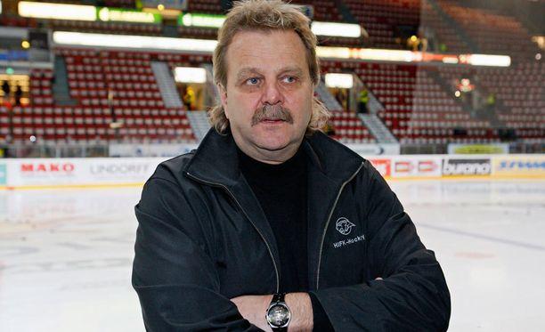 Pentti Matikainen lukeutuu Leijonien legendaarisimpiin päävalmentajiin.