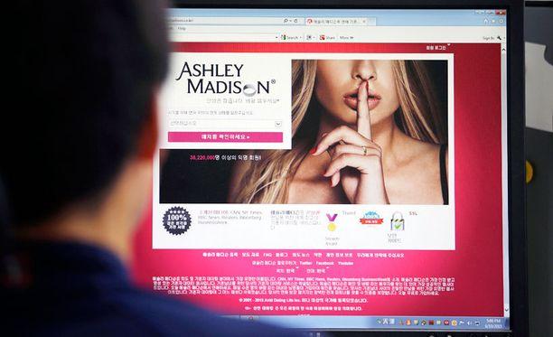 Hakkeroinnin kohteeksi joutunut Ashley Madison toimi kansainvälisesti. Kuvassa syrjähyppysivuston korealaisversio.