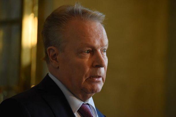 Ilkka Kanerva tunsi erittäin hyvin Pertti Paasion.