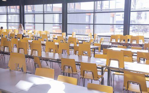 Pääkirjoitus: Kaikista oppimiseroista ei voi syyttää oppilaita – myös opettajien on petrattava koronakoulussa
