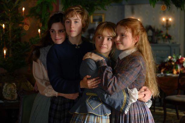Emma Watson, Saoirse Ronan, Florence Pugh ja Eliza Scanlen näyttelevät elokuvan sisarusnelikkoa.