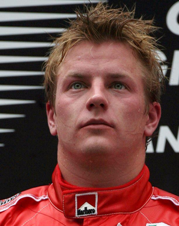 Kimi Räikkönen pääsi kipuamaan korkeimmalle paikalle palkintopallilla.