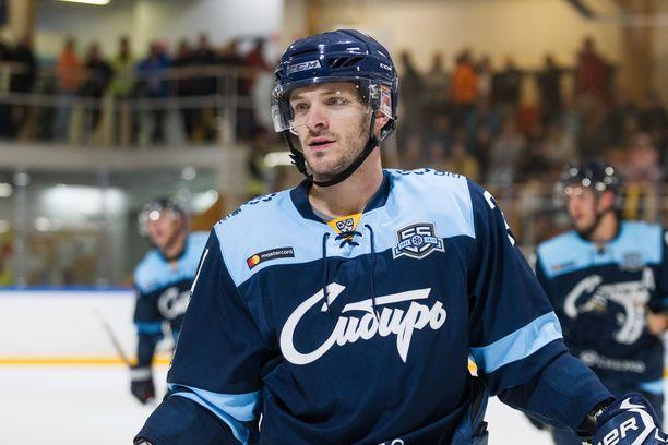 Charles Bertrand jäi KHL-jäillä muiden jalkoihin. Vauhtia riitti, mutta kaksinkamppailuvoimaa ei.