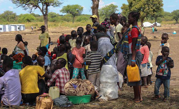 Etelä-Sudanin sisällissotaa paenneita pakolaisleirillä Pohjois-Ugandassa. Arkistokuva.