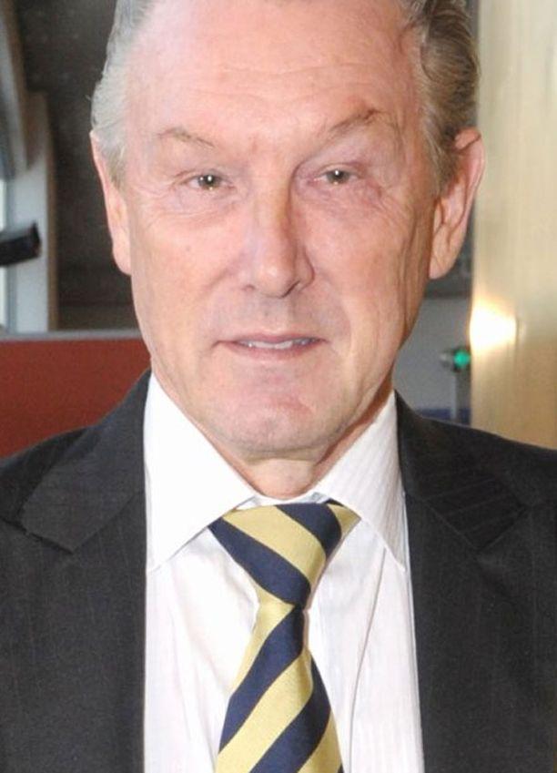 Professori Rolf Nordströmin mielestä klinikkaa valittaessa tärkeintä on varmistaa hoitopaikan taso.