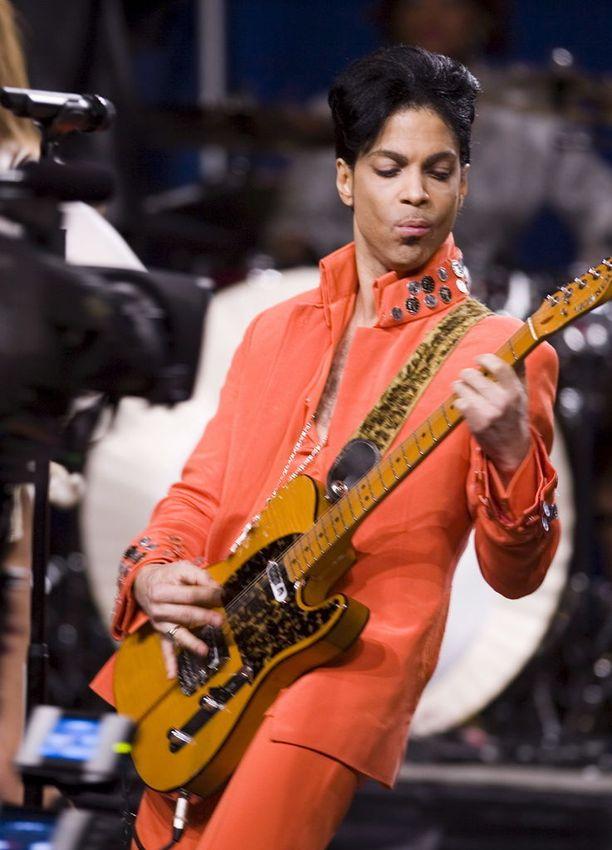 Prince saanee elämäkerrallisen elokuvan.