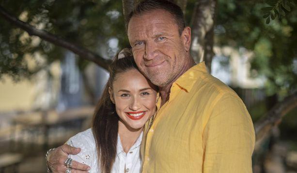Renny ja Johanna Harlin ovat jo nyt tarjonneet hyvää viihdettä, vaikka yhtään The Harlins -jaksoa ei ole nähty.