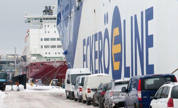 Eckerö Line ei sulata lakkoaikeita.