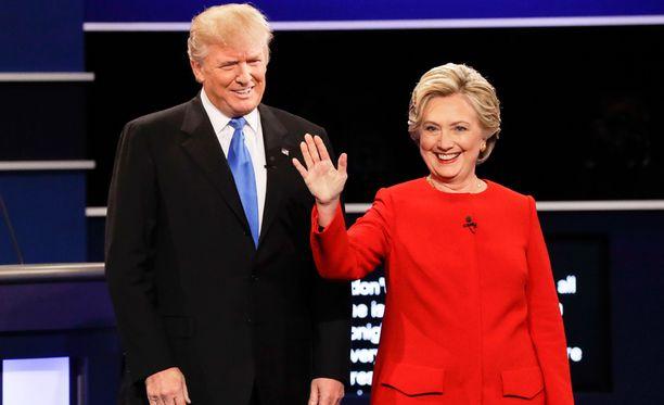 Monissa vaaliväittelyn jälkeen tehdyissä kyselyissä Clintonia pidettiin ylivoimaisena voittajana.