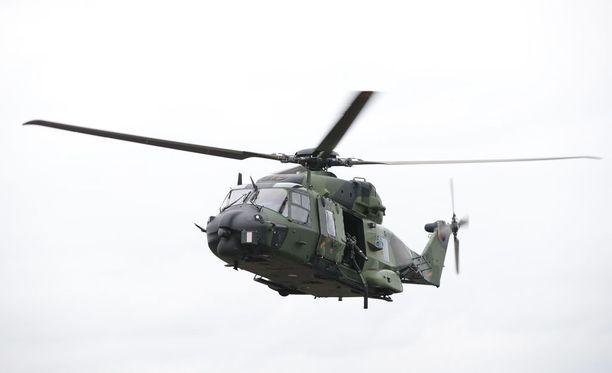 Raportin mukaan Suomen voi odottaa liittyvän Natoon. Kuva pääkaupunkiseudulla järjestetystä Uusimaa-sotaharjoituksesta.
