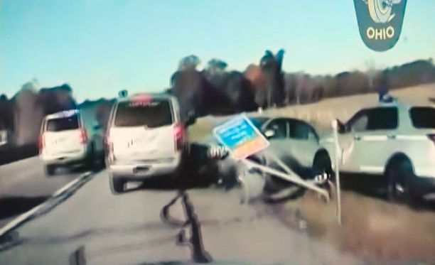 Poliisi sai nuoren autovarkaan pysäytettyä tunnin takaa-ajon jälkeen.