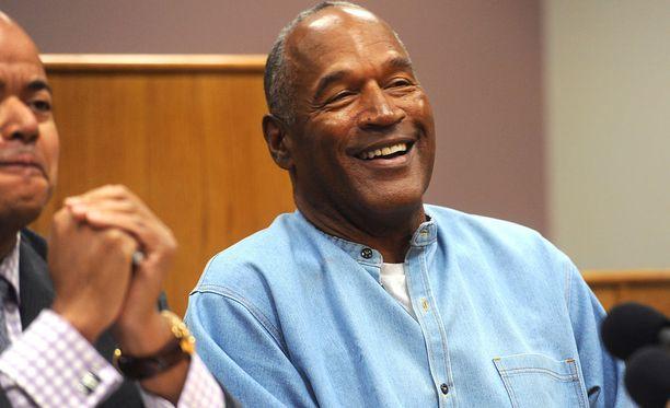 Simpson vapautettiin ehdonalaiseen vankeuteen vuonna 2017. Hänet oli tuomittu useista rikoksista kuten aseellisesta ryöstöstä.