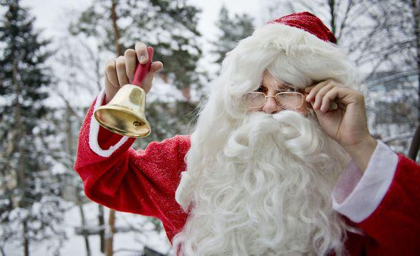 Pikkukaupungissa kuohuu, kun opettaja väitti, että joulupukkia ei ole olemassa.