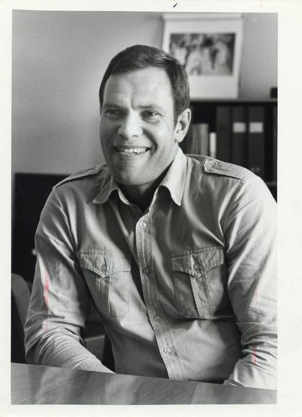 Lipponen valittiin ensimmäisen kerran eduskuntaan SDP:n listoilta vuonna 1983.
