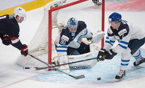 Ville Husso piti ajoittain Suomea pystyssä.