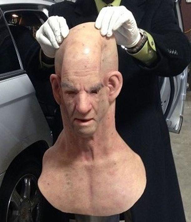 Tämä maski sai poliisit hämilleen