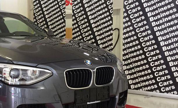 Helsinkiläisen Business Carsin jäljiltä on paljastunut jopa liki sata haamukatsastettua autoa.
