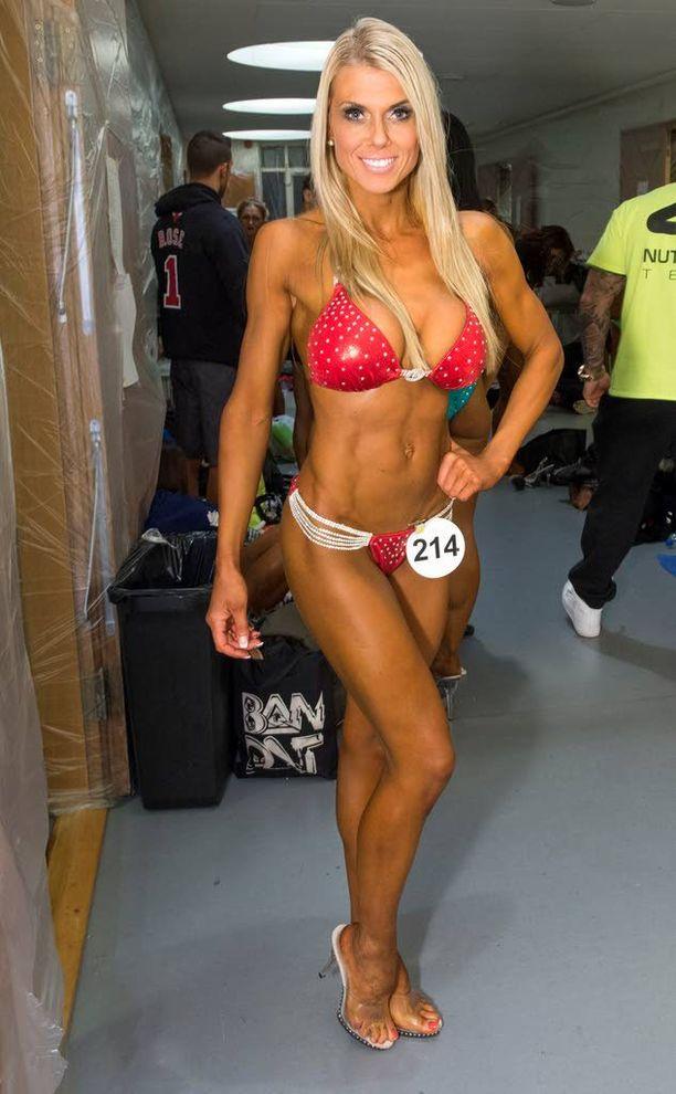 JÄLKEEN: Henna Mr. & Ms. Universe -fitnesskilpailuissa vuonna 2014.