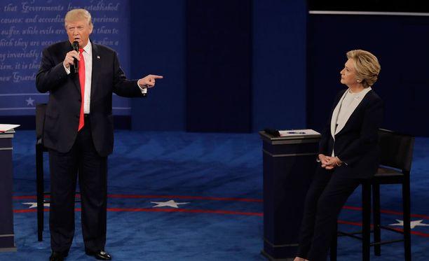 Trump ja Clinton kohtaavat rajussa väittelyssä