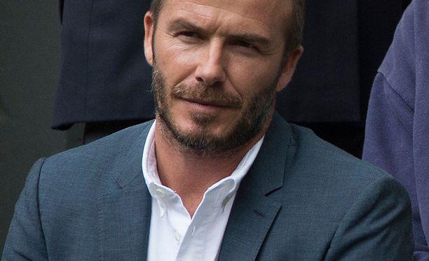 Jalkapallohommista eläkkeellä oleva David Beckham esiintyy muun muassa H&M:n mallina.