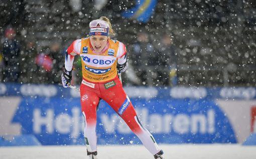 Ylivoima jatkuu: Therese Johaug voitti räntäsateessa – suomalaiset kohottivat sijoituksiaan