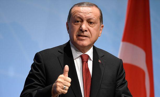 Turkin presidentti Recep Tayyip Erdogan sanoo BBC:n haastattelussa, ettei pidä EU-jäsenyyttä Turkille välttämättömänä asiana.
