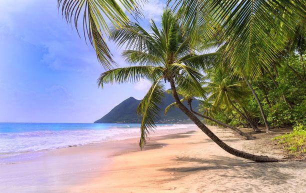 Karibian tunnelmiin pääsee nytkin, tosin matkasarjojen välityksellä.