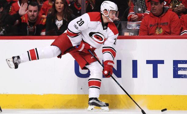 Sebastian Ahon tulokaskausi NHL:ssä on tuottanut jo 21 maalia.