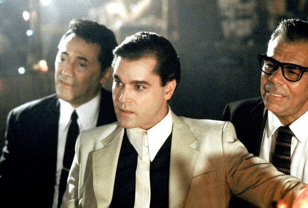 Frank Adonis (vas.) näytteli Martin Scorsesen ohjaamassa Mafiaveljet-elokuvassa muun muassa kollegansa Ray Liottan (kesk.) kanssa.