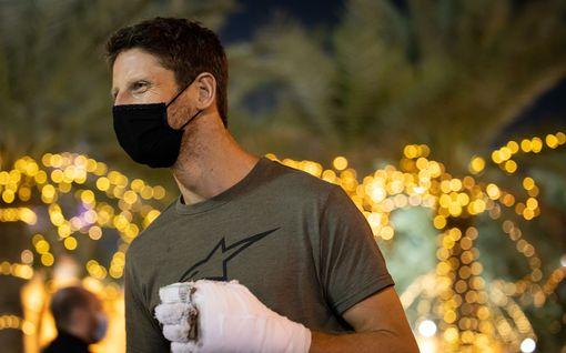 Romain Grosjean julkaisi tylyn kuvan palaneesta kädestään – kammokolarin jäljet näkyvät kivuliaina