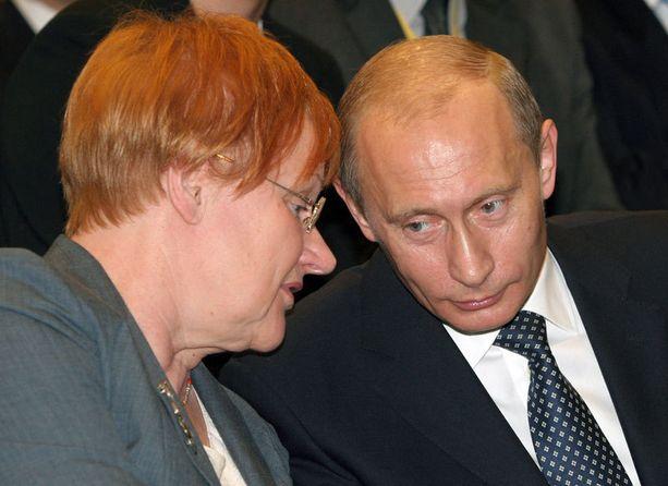 Vuonna 2006 Putin tapasi presidentti Tarja Halosta.