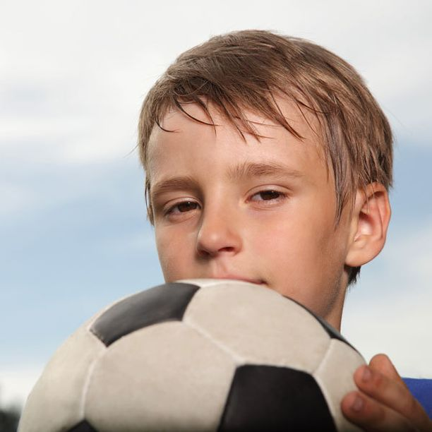Lapsen itsetunto voi latistua, jos hän kuvittelee, että hänen on aina oltava voittaja.
