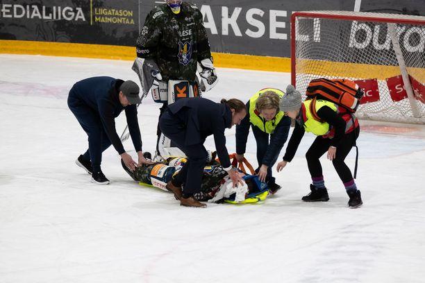 Jukureita edustanut Patrik Puistola loukkaantui päähän kohdistuneesta taklauksesta joulukuun alussa.