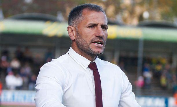 Shefki Kuqi on Interin uusi päävalmentaja.