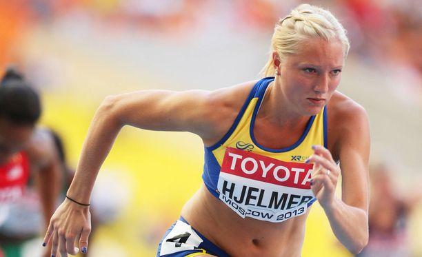 Moa Hjelmerin raiskaustarina järkytti Ruotsin yleisurheilupiirejä.